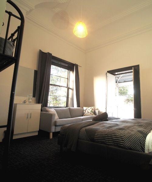 Double with bunk beds in Queen Room